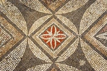 http://mybyzantine.files.wordpress.com/2009/12/mosaic_geometric_syria.jpg